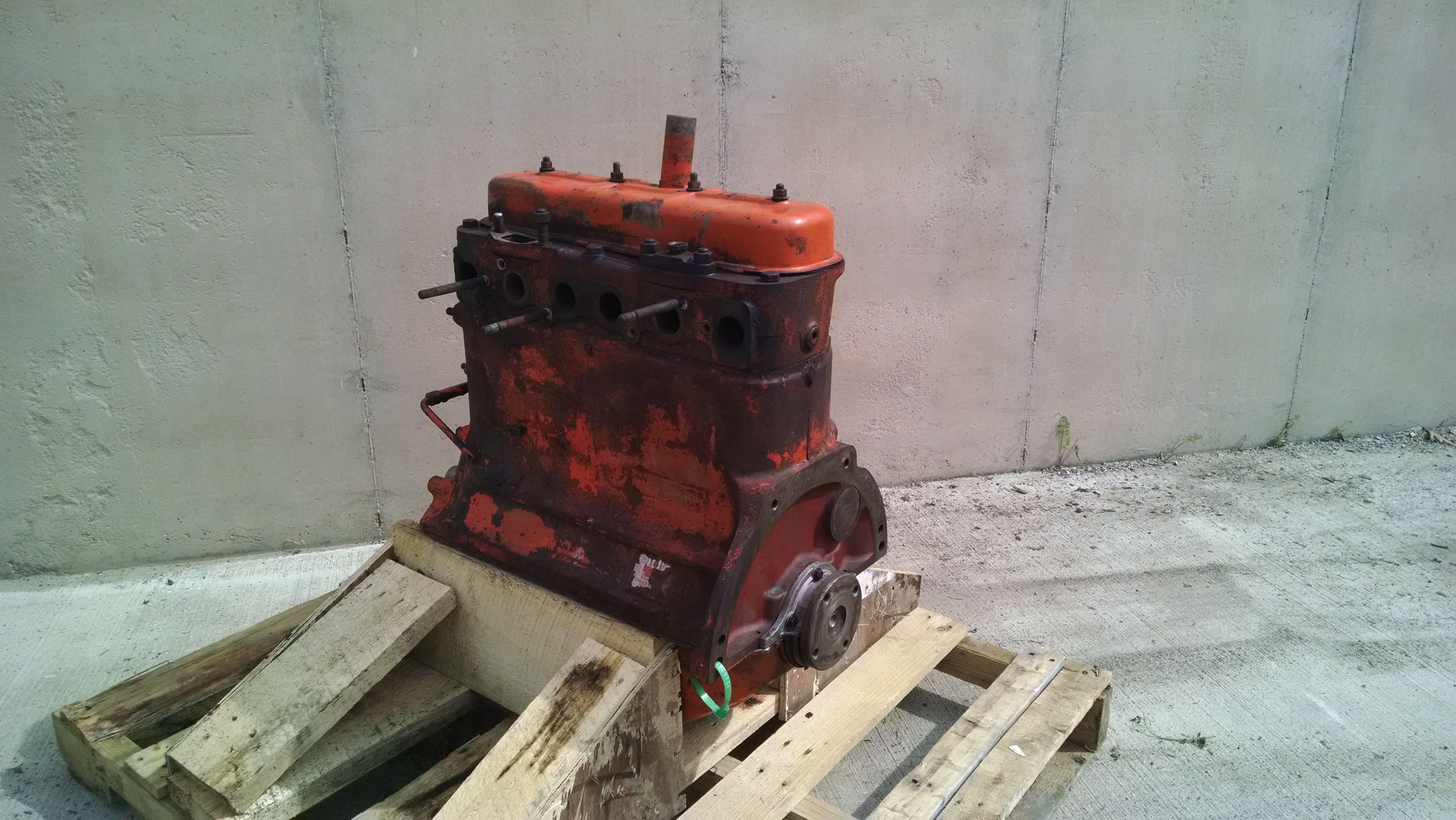 Allis Chalmers AC 226 Engine Long Block Good Used ESN 17