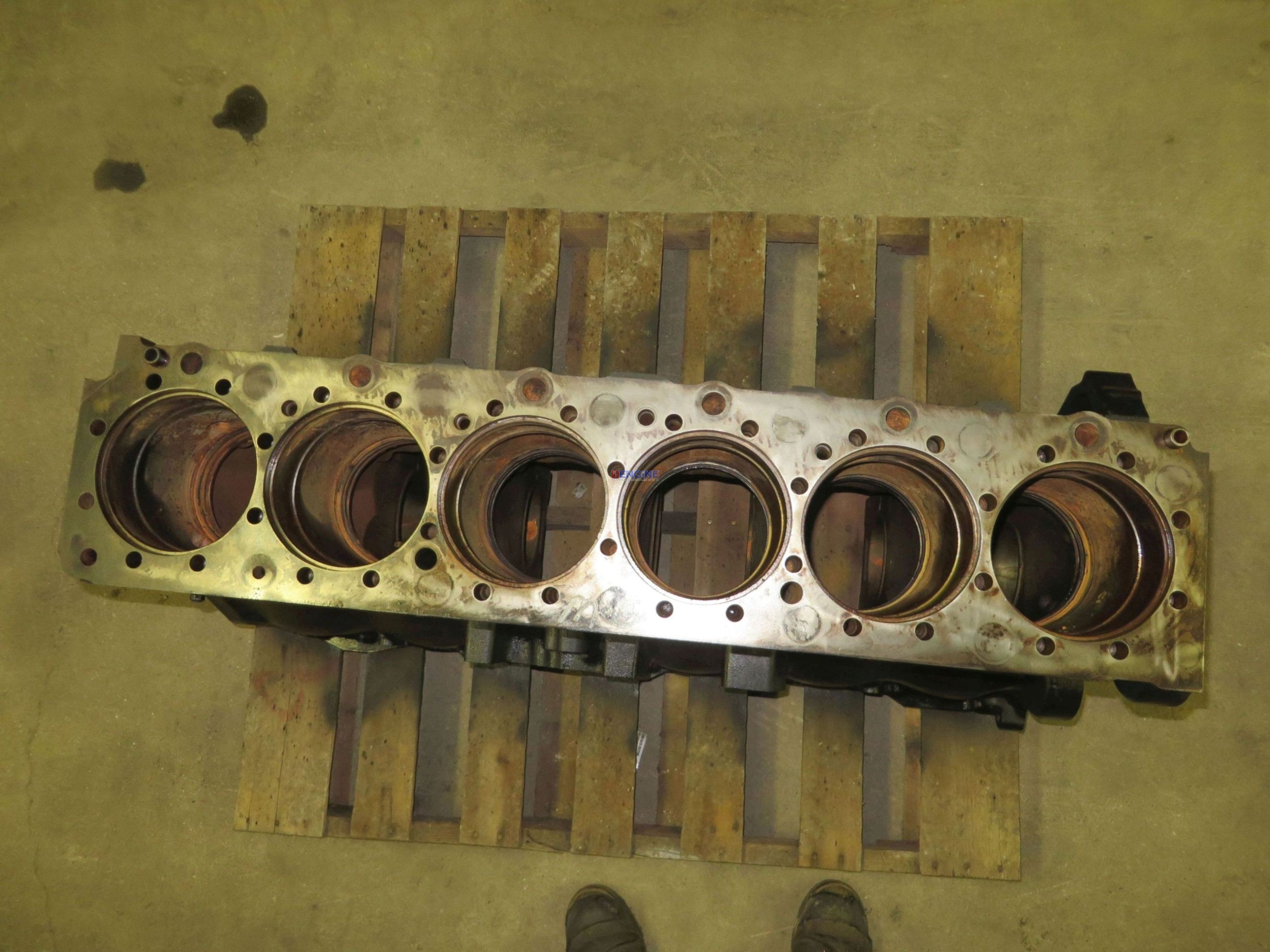R  F  Engine Volvo Vv D12 Engine Block Used Has Been In A