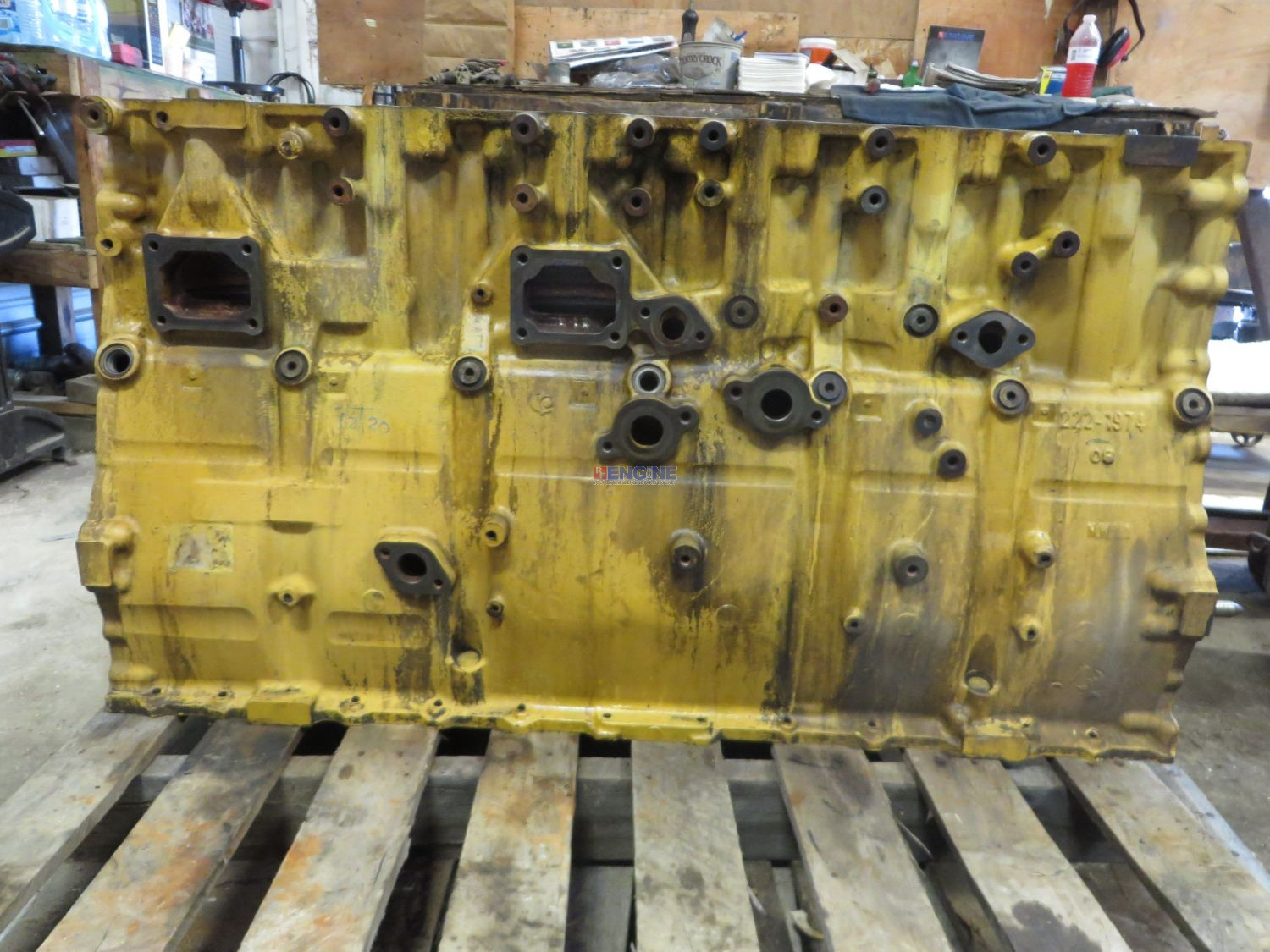 F in addition S L likewise F additionally Hqdefault together with Blk. on 3406e caterpillar engine block