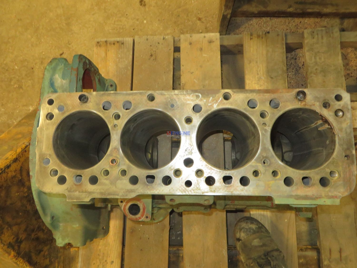 R F Engine Ford Newholland 2722e Engine Block Used