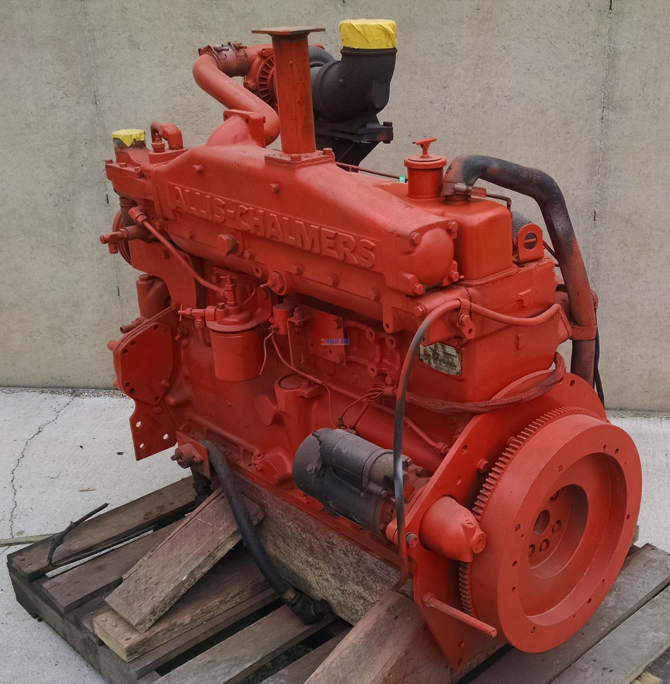 R F Engine Allis Chalmers AC 670 Engine Complete Good