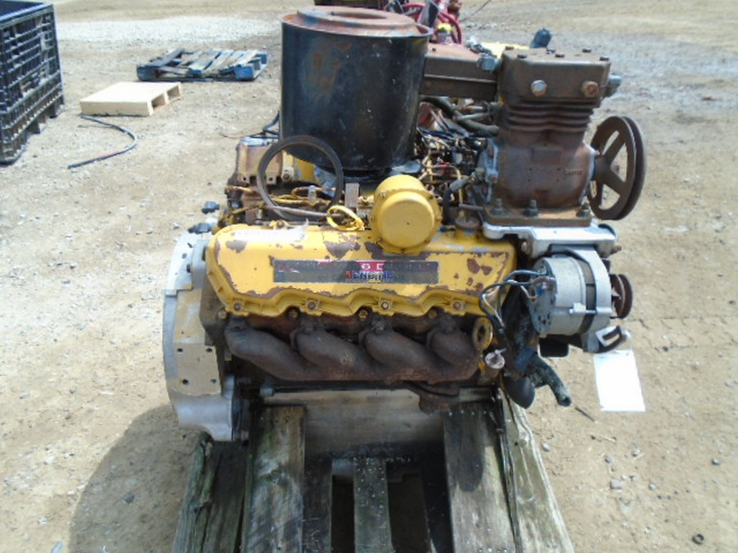 Caterpillar 3208 engine complete