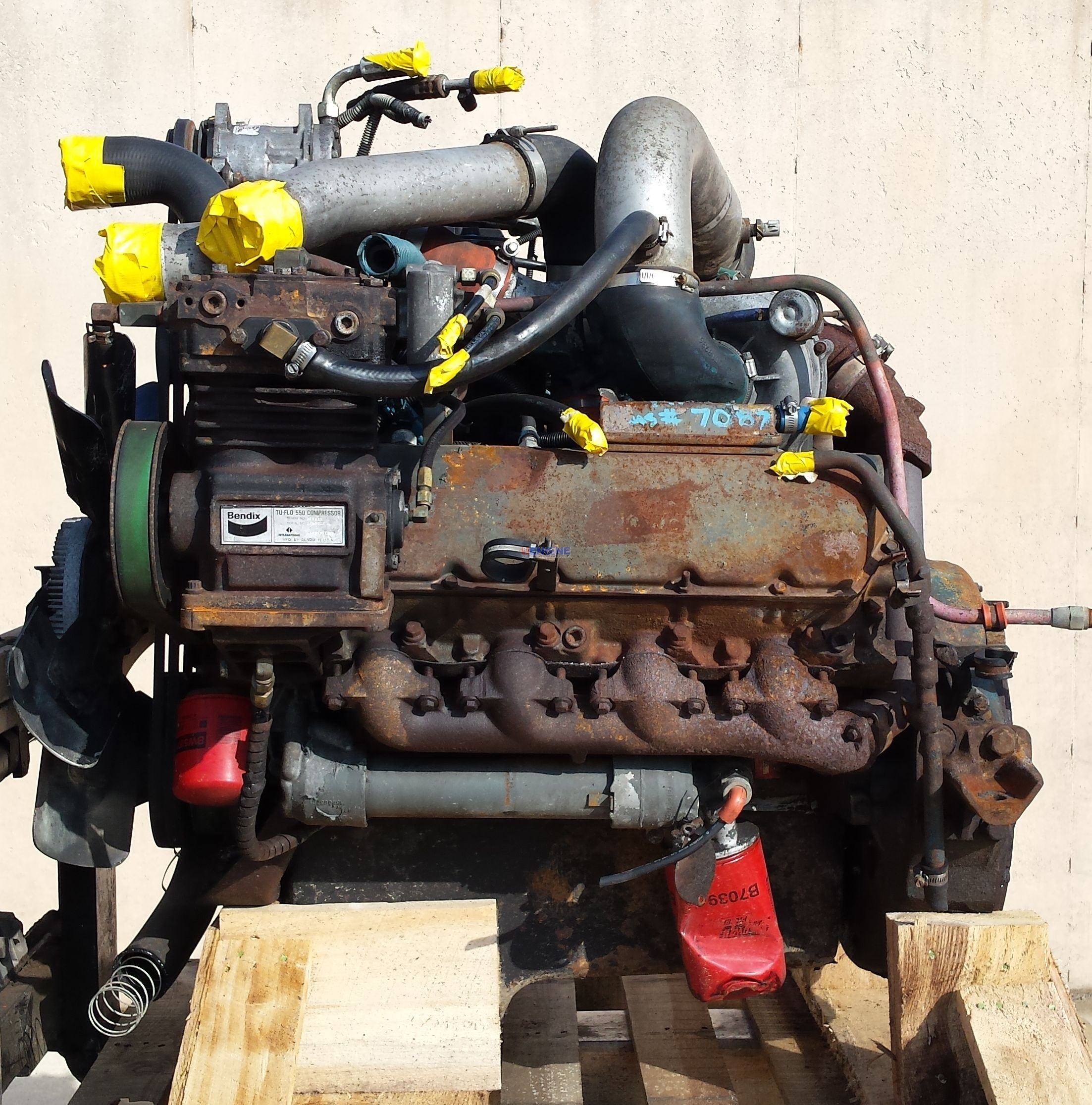 international ih t444e  7 3  engine good running block