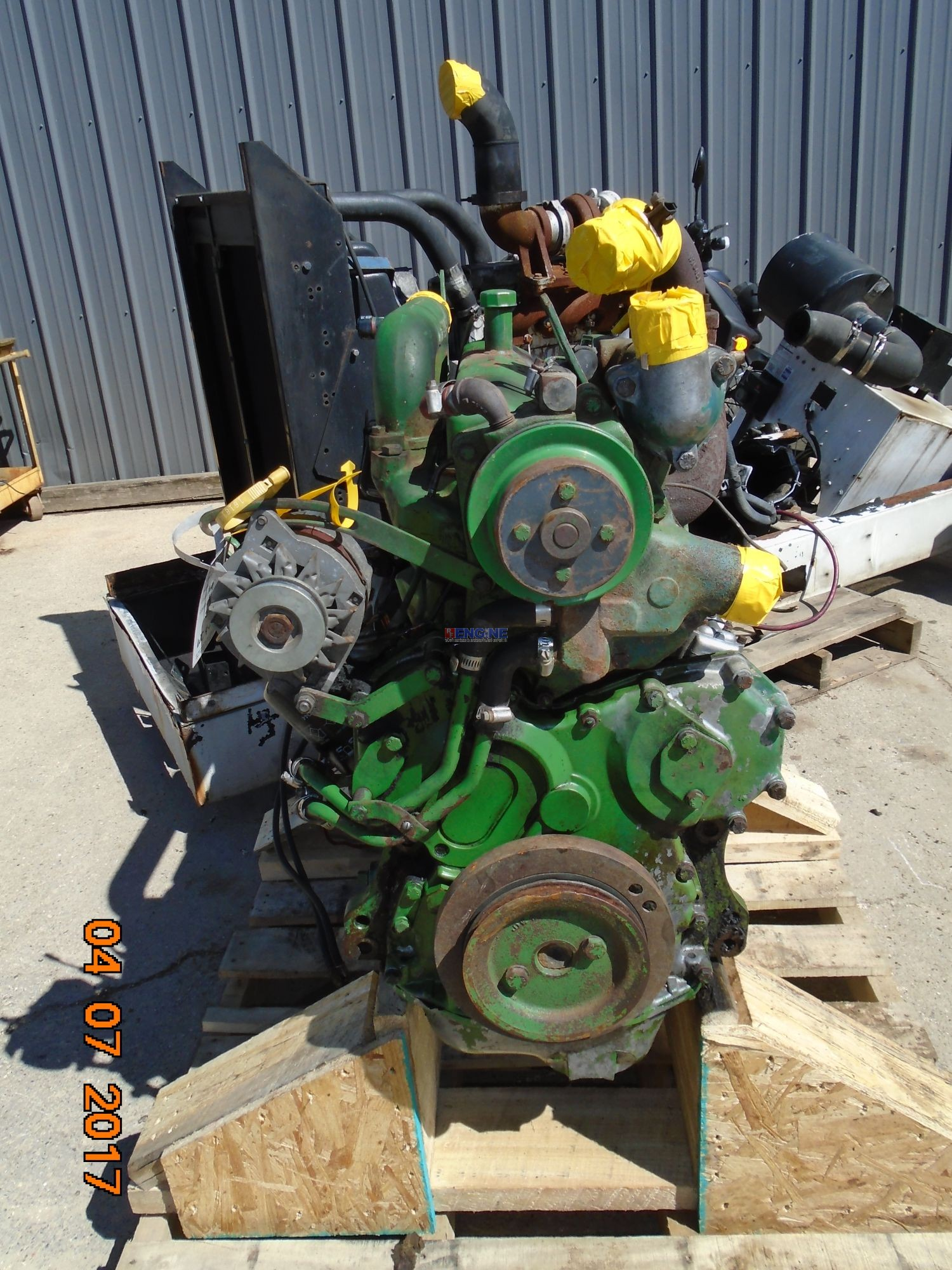 R. F. Engine John Deere 329 Engine Complete Used Running 1618160YW MDN: 6329DH03 BCN: R55012