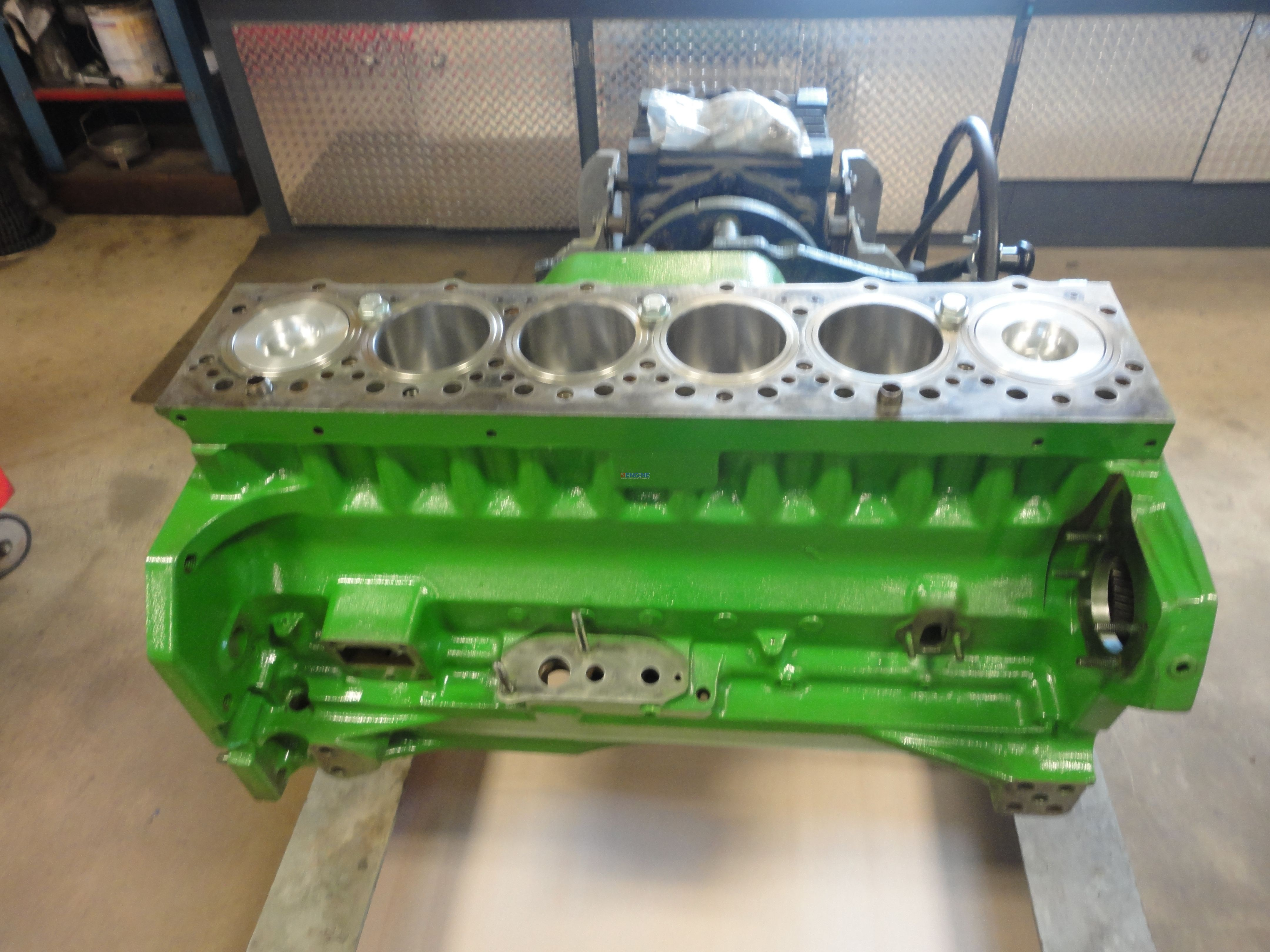 121254538290 additionally Motor U Getriebe also 600 furthermore Watch in addition How Clean Head Gasket Surface 65049. on cylinder head gasket