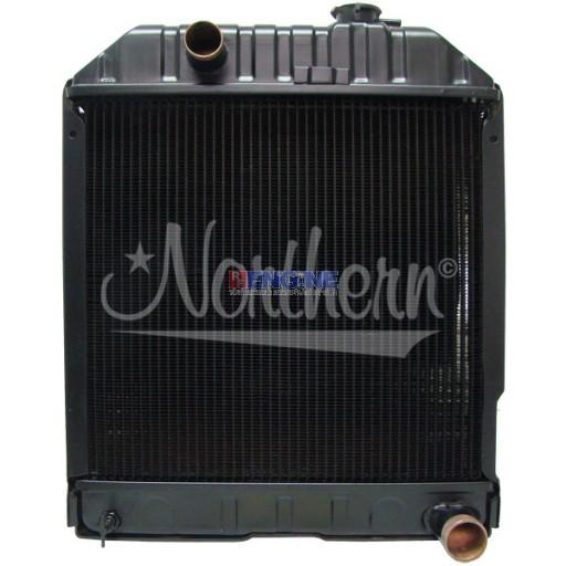 Ford / Newholland Radiator 82847505 E1NN8005AB15M