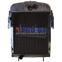 New Radiator INTERNATIONAL TRACTOR FITS: FARMALL 300, 350 361704R93